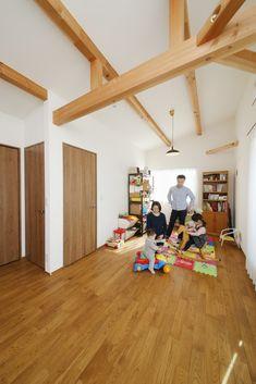 Modern Home in Japan Custom Homes, Loft, Japan, Architecture, Modern, Furniture, Home Decor, Arquitetura, Trendy Tree