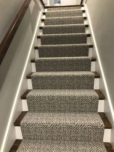 Best 2020 Carpet Runner And Area Rug Trends Carpet Runner 400 x 300