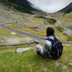 Transfagarasan – 100 km of fabulous road in Romania http://lifewelove.com/en/transalpina-taming-the-path-of-giants/