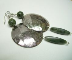 Medieval silver metal disc earrings green agathe by BeautyRecycled, $15.00