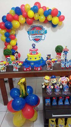 Superman Party Decorations, Paw Patrol Birthday Decorations, Paw Patrol Birthday Theme, Birthday Party Decorations Diy, Boy Birthday Parties, Balloon Arch Diy, Paw Patrol Invitations, Bernardo, Fez