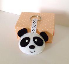Felt Keyring. Felt Keychain. Felt Panda Keychain. por joojoocraft, £4.99