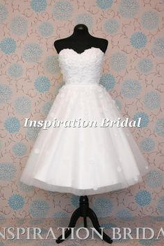 1617 tulle short wedding dress Daisies flowers with belt 50s 60s