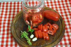 ingrediente rosii la borcan pentru iarna cu usturoi si busuioc Paste, Pickles, Cucumber, Carrots, Pizza, Vegetables, Cooking, Food, Canning