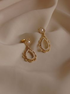 Cher (Cherry) Earrings *Gold-plated stems - AGDA Earrings You are in the right place about stone jewelry Here we offer you the most beautiful p - Gold Jhumka Earrings, Jewelry Design Earrings, Gold Earrings Designs, Gold Jewellery Design, Ear Jewelry, Cute Jewelry, Designer Earrings, Gold Jewelry, Jewelry Accessories