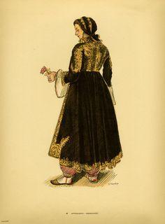Φορεσιά Αργυροκάστρου. Costume from Argyrocastro. Collection Peloponnesian Folklore Foundation, Nafplion. All rights reserved.