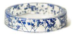 bijoux fleurs et résine, de Sarah Smith