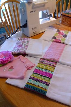 Burp Cloths | Easy Sewing Projects.  My mother-in-law makes these, and I hope to learn.
