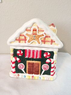 Vintage World Bazaar Inc. Gingerbread Cookie Jar House Ceramic