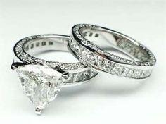 4 Carat GIA Triangular Trillion Cut Diamond Engagement Bridal Ring 18kWhiteGold #Custom #SolitairewithAccents