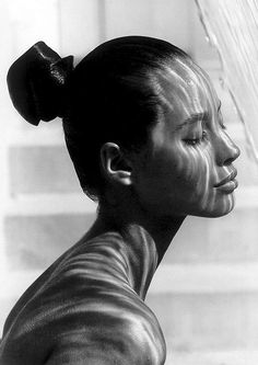 """Christy Turlington. 60's twisted pony-tail.....note the """"shine"""" of her hair..."""