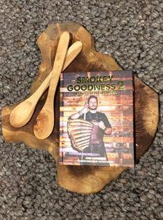 """Alles over barbecueën vind je in het boek """"smokey goodness 2"""". #bbq #boek #interieur #keuken"""