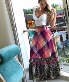 Satin Dresses, Nice Dresses, Fashion Now, Womens Fashion, Fiesta Outfit, Muslim Hijab, Indian Designer Wear, Classy And Fabulous, Skirt Outfits
