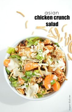 This Asian Chicken Crunch Salad is loaded with crispy chicken, almonds, chow mein noodles, mandarin oranges, & lightened up Applebee's Oriental Dressing