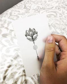 "1,300 Me gusta, 14 comentarios - ✷ ❉ ❁ Helena Lloret ❁ ❉ ✷ (@helenalloretart) en Instagram: ""L o t u s F l o w e r  • • • #helenalloretart #lotusflower #lotusflowertattoo #flordelototattoo…"""