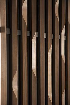 La Revue du Design » Blog Archive » Linéa 3D, un revêtement mural en bois par Woodlabo