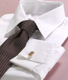 Sea Island Broadcloth with a Traditional Point collar and French cuffs [ fit]