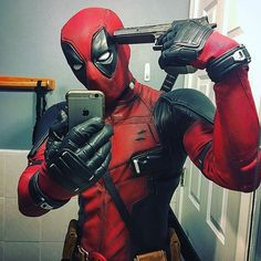 This is a well done Deadpool. I think I'd like to dress up as him.
