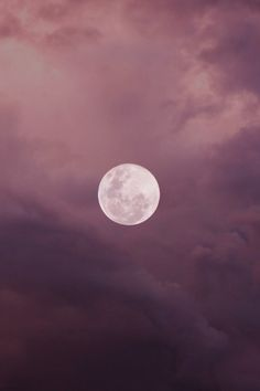 Mauve Sunset w/ pink and purple Fotos Wallpaper, Pink Moon Wallpaper, Ciel Nocturne, Beautiful Moon, Foto Art, Aesthetic Colors, Stars And Moon, Sky Moon, Night Skies