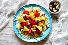 300 kcal | – Dietetyczne przepisy – Fruit Salad, Pasta Salad, Ethnic Recipes, Food, Diet, Pineapple, Crab Pasta Salad, Fruit Salads, Essen