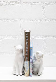 Danya B Leisure Cats Bookends | Forever 21 | #f21home