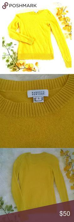 Barney's New York cashmere sweater S Lemon yellow cashmere crew neck sweater in excellent condition. Barneys New York Sweaters Crew & Scoop Necks