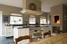 DUTCH kitchens: TRADITIONAL style traditional-kitchen