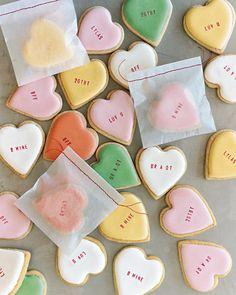 Conversation Heart Cookies Valentines Day Cookies, Valentine Love, Valentine Day Gifts, Holiday Cookies, Valentine Hearts, Birthday Cookies, Valentines Sweets, Kids Valentines, Holiday Desserts