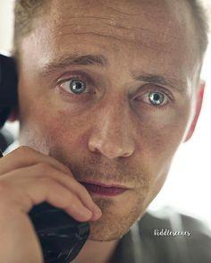 "718 mentions J'aime, 7 commentaires - Tom Hiddleston (@hiddlescenes) sur Instagram: ""Morning! ❤️// #tomhiddleston"""