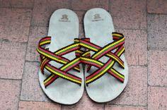 """WAYUU SANDALS US7.5/EUR40-41/UK7. Typical Wayuu Indian footwear called """"Wayrenas."""" www.colombiart.co"""