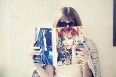 Anna Wintour reads #TheSeptemberIssue. Do you? Show us on Instagram and Twitter by using #voguestagram.  via #instagram