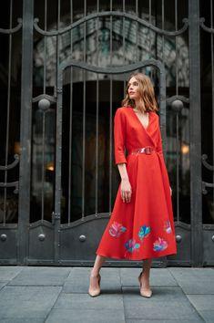 Wool Dress, Silk Dress, Floral Motif, Plexus Products, Crowns, Autumn Fashion, Hand Painted, Belt, Warm