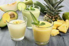 10 Easy detox smoothie recipes for weight loss - onefiy Smoothies Detox, Detox Smoothie Recipes, Detox Recipes, Easy Detox, Healthy Detox, Healthy Drinks, Diet Drinks, Healthy Weight, Liver Detox Drink