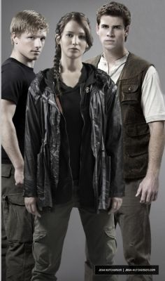 Hunger Games Cast :)
