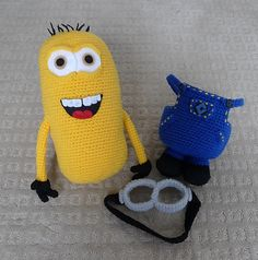 Ravelry: Despicable Me Minion pattern by Stephanie Jessica Lau