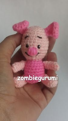 Crochet Toys, Crochet Baby, Minion Crochet Patterns, Baby Piglets, Pattern Cutting, How To Train Your Dragon, Amigurumi Doll, Winnie The Pooh, Crochet Projects