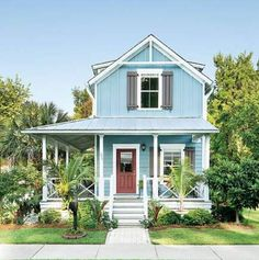 beach cottage style The successful Wharf Street project in Bluffton, South Carolina, proves to local governments everywhere that affordable housing can be beautiful, smart, and righ Beach Cottage Style, Beach Cottage Decor, Coastal Cottage, Cottage Homes, Beach Cottage Exterior, Southern Cottage, Tiny House Exterior, Small House Exteriors, Cozy Cottage