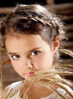 Esta niña es bellisima.