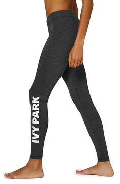 Keep your morning workout on the right track with these ultra-comfy ankle leggings.