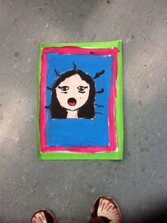 Nome: A menina cansada.                                Eu gosto de autos retratos que faço, gosto de desenhar pessoas, porque gosto de detalhes, e isso me representa porque, em varias vezes só faço o rosto da pessoa e também faço muito esse cabelo dela em outros autos retratos de qualquer pessoa. ASS: Isabela <3