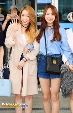 WJSN ♡ MeiQi 미기 & SeolA 설아 commute / airport fashion 160527 #우주소녀 #공항패션 #출근길