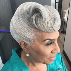 Mama slayed by @cocoamane  Read the article here - http://www.blackhairinformation.com/hairstyle-gallery/mama-slayed-cocoamane/