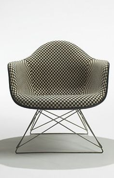 Charles + Ray Eames - LAR-1 Armchair for Herman Miller - 1950