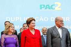 Em MG, Dilma diz que rivais devem ser cobrados por atrasos em obras