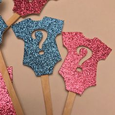 Boy or Girl Cupcake Toppers, Gender reveal toppers, Boy or Girl, Baby Shower decor, Baby shower cupc Gender Reveal Cupcakes, Gender Reveal Party Games, Gender Reveal Party Decorations, Gender Party, Girl Baby Shower Decorations, Reveal Parties, Simple Gender Reveal, Pregnancy Gender Reveal, Baby Shower Gender Reveal