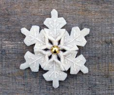 pretty felt snowflake
