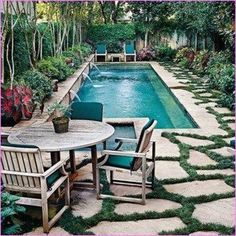 Relax seeing the water behind the house. Home Design Ideas to Garden Small pool