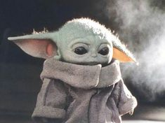 Find images and videos about cute, meme and baby yoda on We Heart It - the app to get lost in what you love. Yoda Pictures, Yoda Images, Yoda Gif, Yoda Meme, Star Wars Wallpaper, Disney Wallpaper, Image Film, Star Wars Baby, Cute Disney