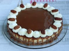 Kanelitytön kakkuparatiisi: Omena-kinuskijuustokakku Tiramisu, Baking, Ethnic Recipes, Food, Bread Making, Patisserie, Essen, Backen, Tiramisu Cake
