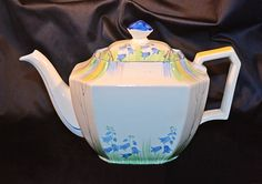 ABJ Grafton Ware, Made In England, Vintage Teapot, Bluebell Pattern Chocolate Pots, Chocolate Coffee, Royal Tea, Tea Tins, Teapots And Cups, Afternoon Tea, England, Pottery, How To Make